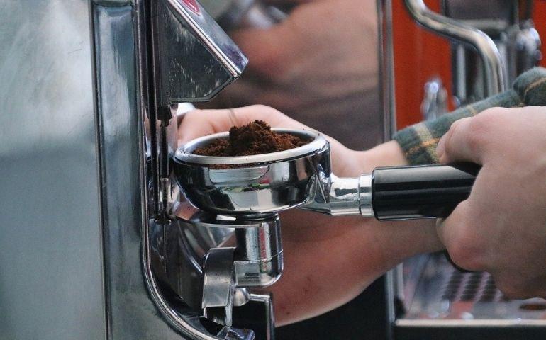 コーヒーの中挽きを挽くときの3つのポイント