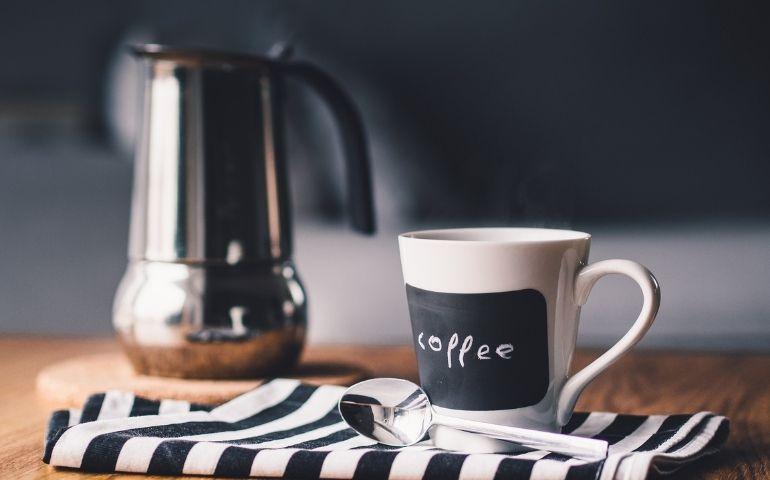 ドリッパーの違いを知りよりおいしいコーヒーを淹れよう