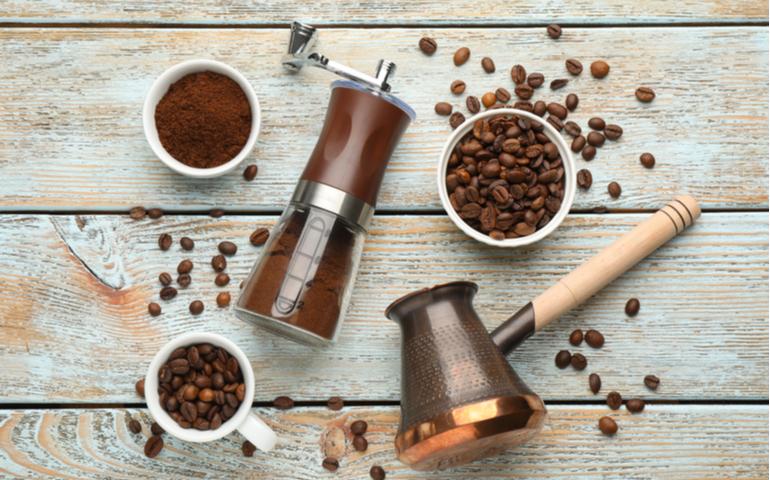 コーヒーは豆と粉どっちで買うのが安い?